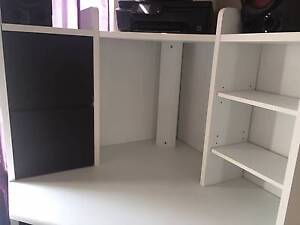 White and Black Desk Glendenning Blacktown Area Preview