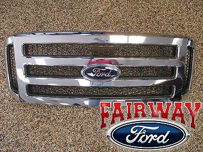06 - 07 Super Duty F250 F350 F450 F550 OEM Genuine Ford Chrome w/ Black Grille