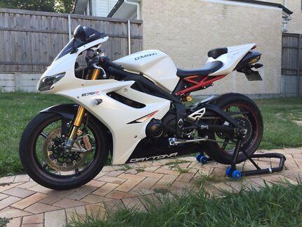 Triumph daytona 675 motorcycles gumtree australia free local 2012 triumph daytona 675r fandeluxe Gallery
