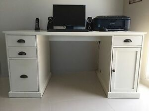 COMPUTER PACKAGE INC. FREEDOM DESK. Swansea Lake Macquarie Area Preview