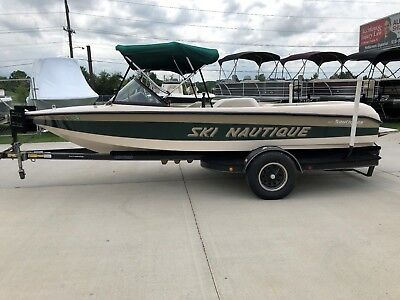 1998 Correct Craft Ski Nautique Ski boat