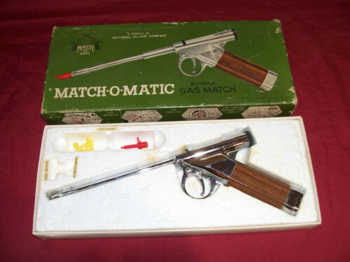 Old Gun Lighter Match-O-Matic Butane Gas Match R-1666 Vintage Fire Auto Pistol