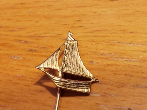 Vintage Sailboat Lapel Pin brooch gold-toned