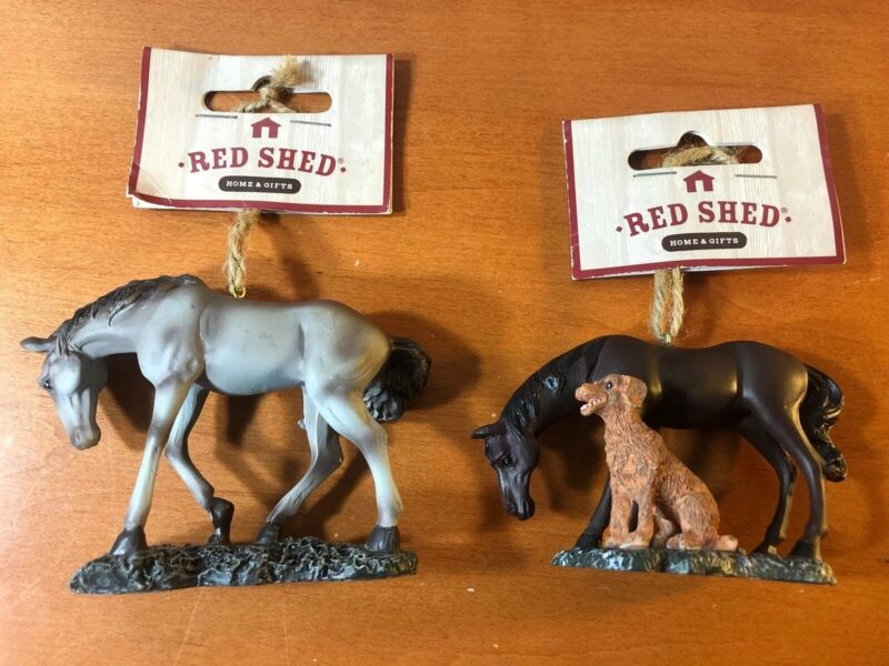 Vintage Red Shed Home & Gifts Lot Of 2 Resin Hunting Ornament Horse And Dog New