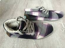 TOMS Womens Boots Shoes size 6 Perth CBD Perth City Preview
