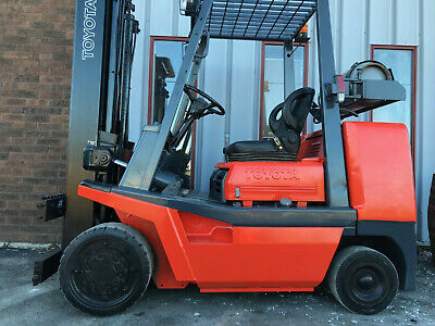 Free Shipping Toyota Fgc35 8000lb Cushion Tire Forklift Lifttruck Lease 164