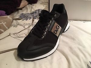 D&G casual running shoes