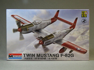 MONOGRAM TWIN MUSTANG F-82G AIRPLANE MODEL KIT aircraft 1:72 Scale RMX85-5257 for sale  Indiana