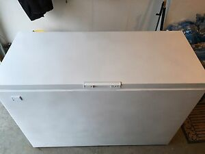 Woods chest freezer-13 cubic ft
