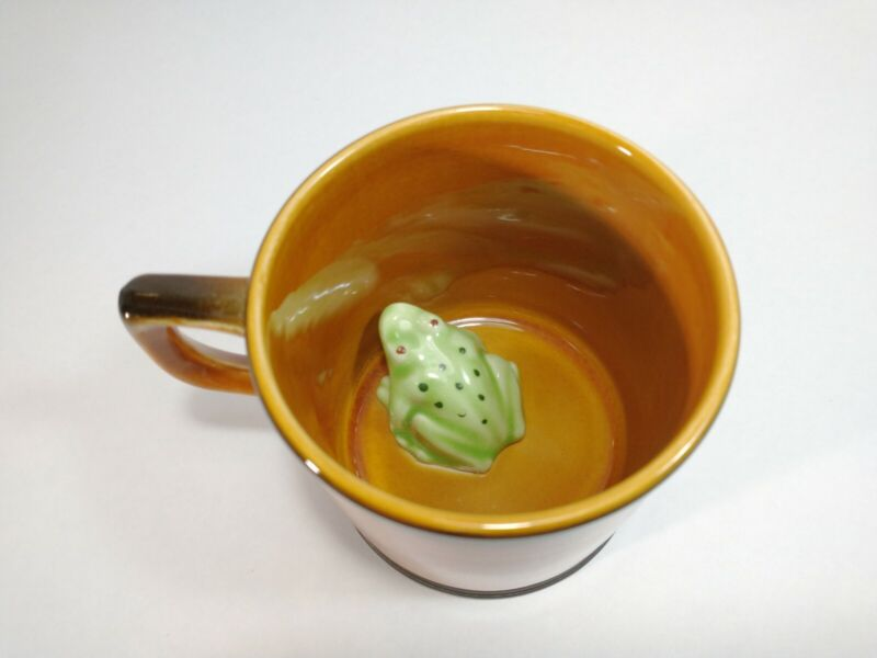 Vintage Surprise Joke Cup Frog In Bottom Ceramic Coffee Mug England Crown Devon