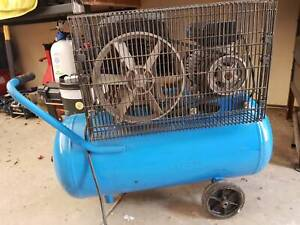Belt Drive 2.5 HP Air Compressor in Good Working Condition