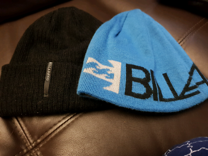 2x Billabong hats