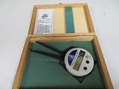 Moore Wright Digital Internal Caliper - Englishmetric - .394-1.338 - Fs9
