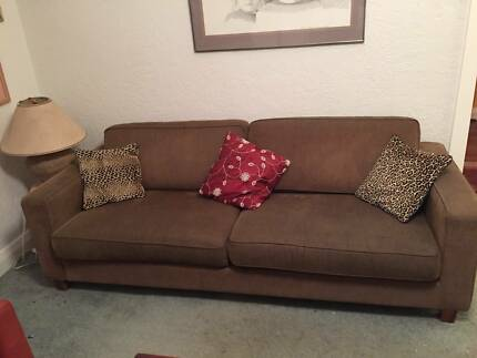 CURRENTLY UNDER DEPOSIT 2 Sofas  MUST SELL THIS WEEKEND Cottesloe Cottesloe Area Preview