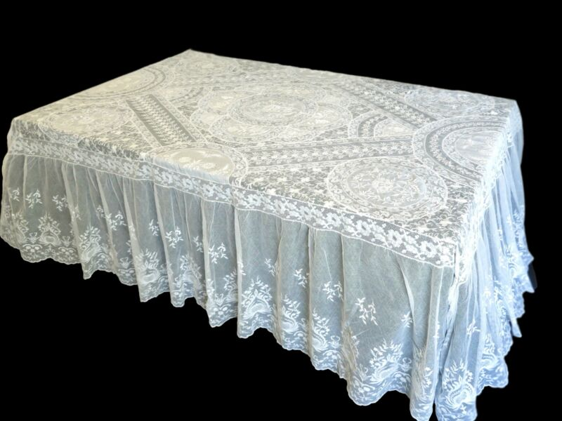 Gorgeous Antique c1920 French Normandy Lace Coverlet or Tablecloth