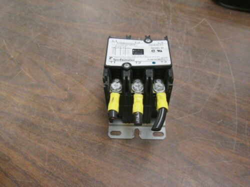 Tyco Electronics Contactor 3100R30Q808 24V Coil 25A 600V Used