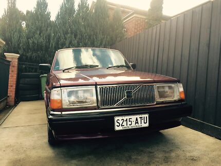 Volvo 240 , low kms , with RWC Warrandyte South Manningham Area Preview