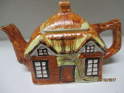 Teapot - square Cottage House - in orange and brown