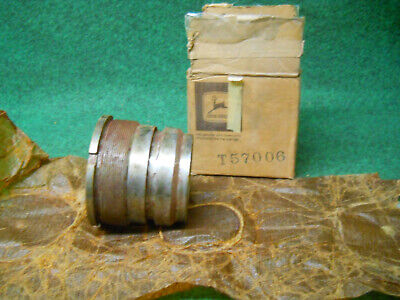 Nos John Deere T57006 Hyd Cylinder Gland Guide Nut Sub R80919 For 310 450c