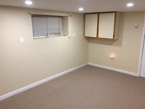 2 bedroom basement apartment beside dal/Smu