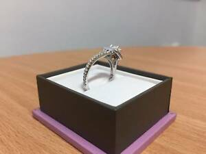 GrandArpeggio Engagement Ring