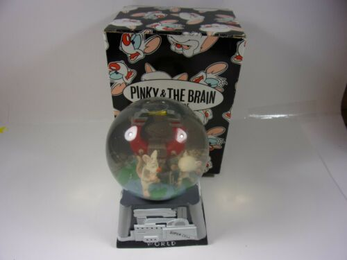 PRE OWNED WARNER BROTHERS 1995 PINKY & THE BRAIN SNOW GLOBE OPEN BOX NO WEAR