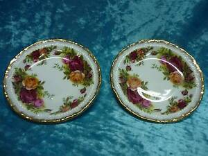 "English ""Old Country Roses"" dishes   A43 Blakeview Playford Area Preview"