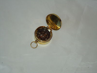 X9U1 G4287 English Pocket Watches Compass with Engraving Brass and Chain