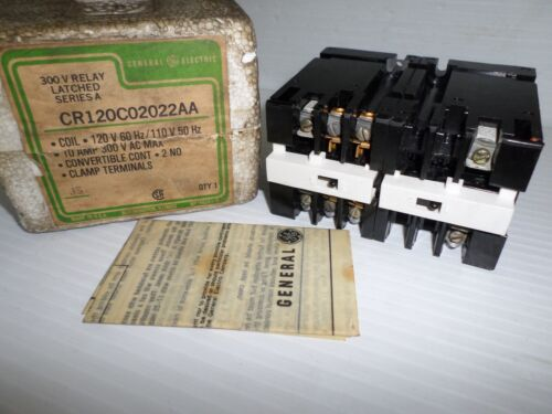 **NEW IN BOX**  GENERAL ELECTRIC CR120C02022AA  RELAY 120Vac COIL