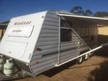 2006 Windsor Genesis 21 ft Caravan with full ensuite
