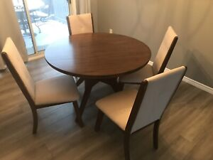 New table and four chairs