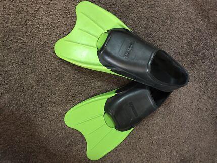 Flippers/Fins