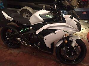 2015 Ninja 650 with ABS MINT