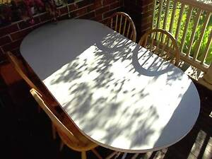 Dining Table - 6 person Oval shape – Free Delivery Roseville Ku-ring-gai Area Preview