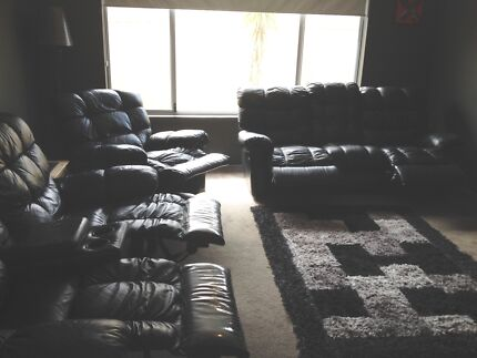*URGENT SALE* moving o/seas Black leather lounge and Dining set Butler Wanneroo Area Preview