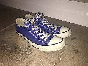 Barely Worn Converse All Star