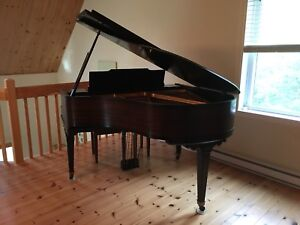 PIANO À QUEUE (Baby Grand)