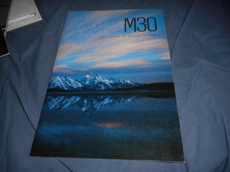1990s Nissan Infinity M30 Skyline USA Market Color Brochure Catalog Prospekt