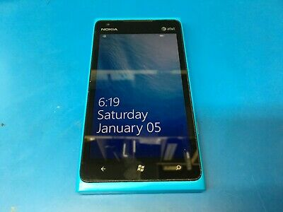 Nokia Lumia 900 - 16GB - Cyan (AT&T) (900.1) - WORKS GREAT!