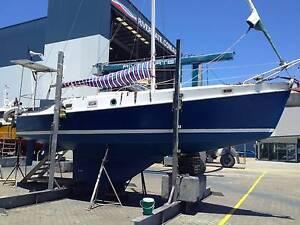 Huan Pine , Marine ply , Fiberglass Hamilton Brisbane North East Preview