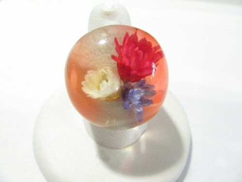 HINT OF ORANGE LUCITE VINTAGE DRIED FLOWER RING DOME BUBBLE SIZE 8.0