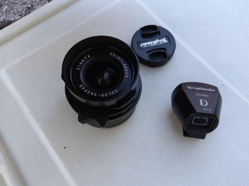 Voigtlander Color Skopar 21mm f/4 Lens For Leica (Black)