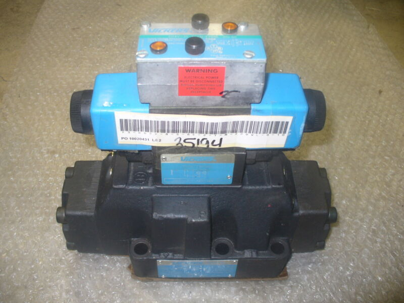 VICKERS VALVE, DIRECTIONAL CONTROL P/N 02-101731