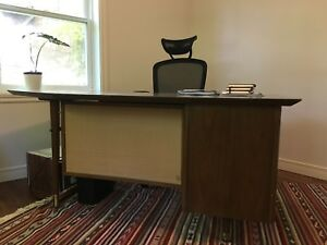 Bureau mid-century