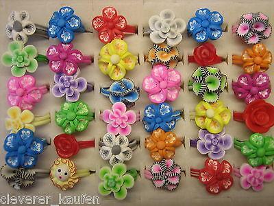 100 bunte Mode-Ringe ** Motiv Blume Blüte **   Ringe aus Gummi - Gr. 13-17 mm