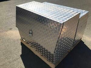 Aluminum Checker Plate Tool Box w/ Gas Struts 1280mm x 800mm x 600mm Fyshwick South Canberra Preview