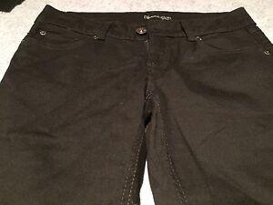 Black women's skinny pants/jeans size 29