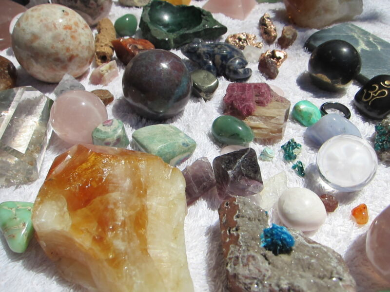 Cleansing Healing Crystals.