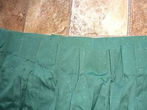 Dark Green Curtains  - to fit large window  with 213cm drop Waratah Area Preview