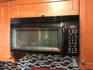 Lg above stove microwave